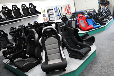 Big and tall Motorsport seats in-store