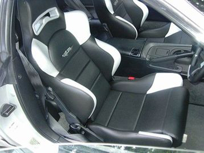 Konig K5000 seats fitted with Konig frames