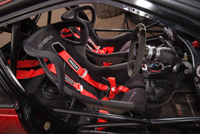 Ricco Racing harnesses fitted with Cobra Evolution seats