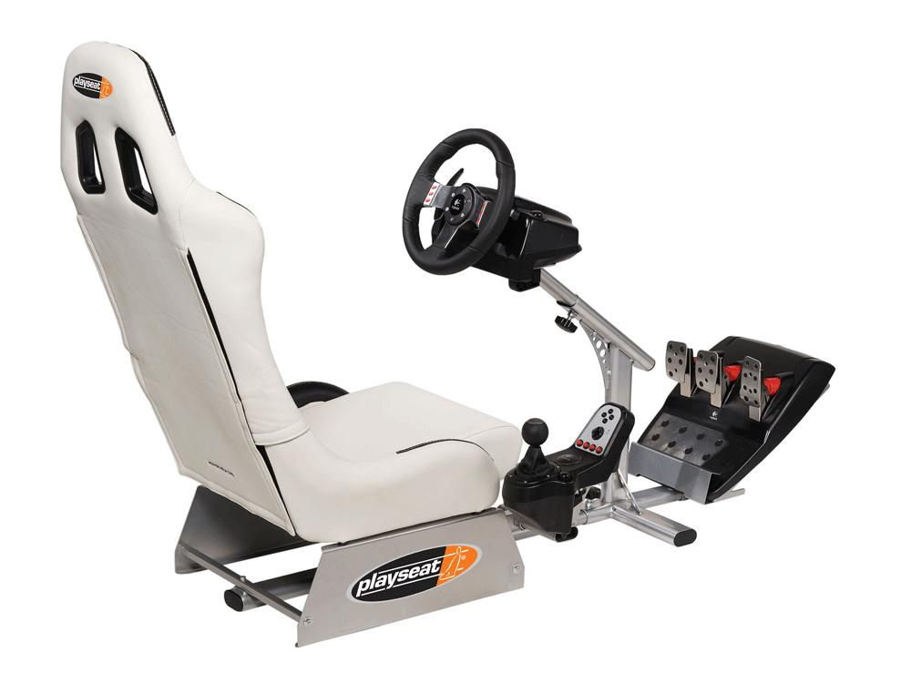 Genial PlaySeats   Evolution White Gaming Seat + Logitech G27