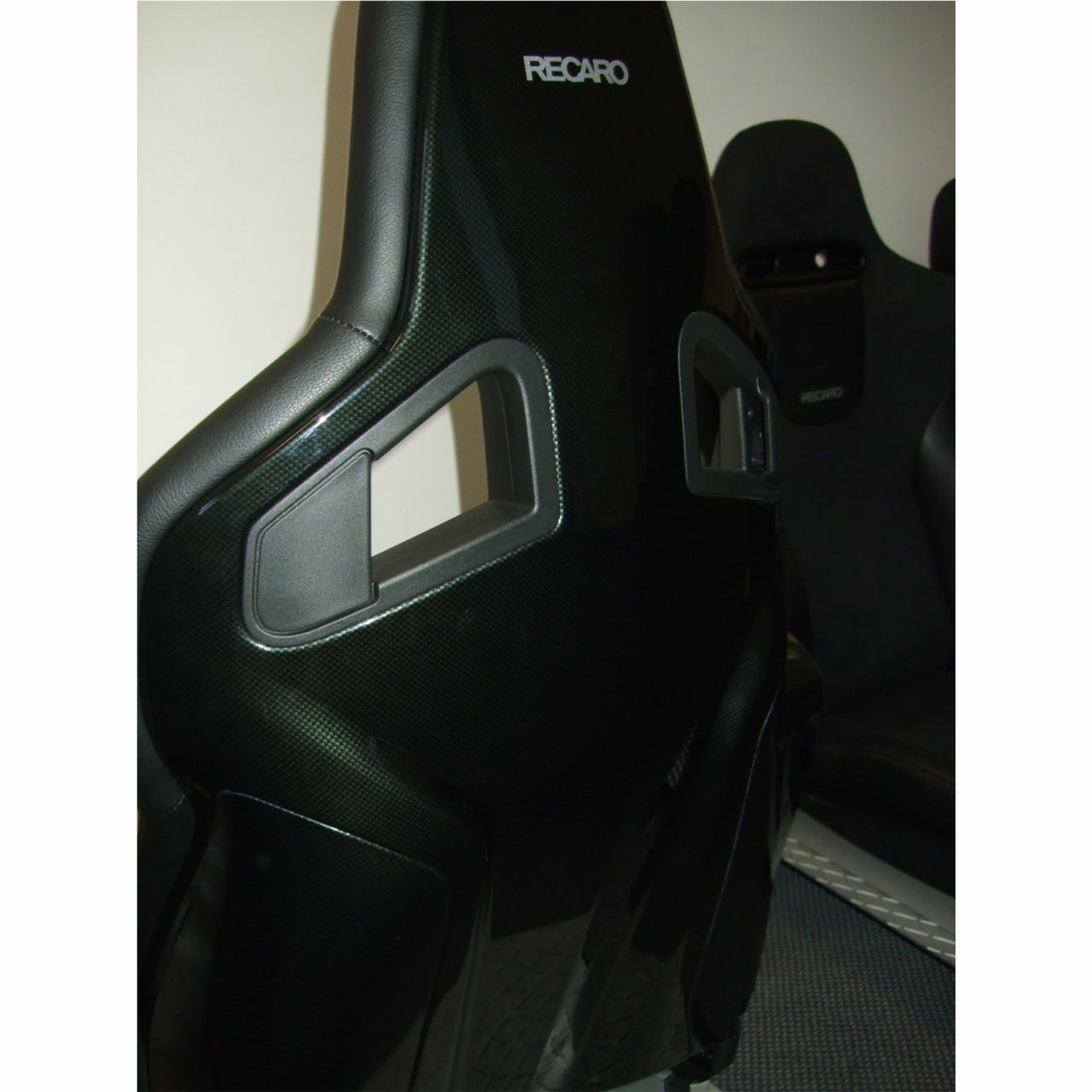 recaro sportster cs carbon reclining sport seat gsm. Black Bedroom Furniture Sets. Home Design Ideas